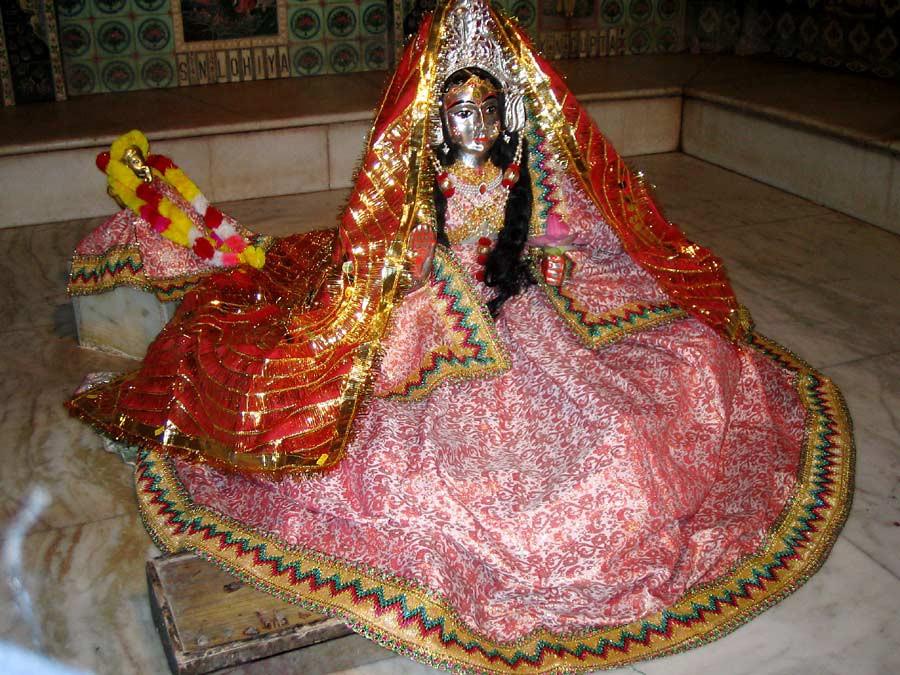 Vrindavan story: Lord Siva become gopi – Gopisvara Mahadeva!