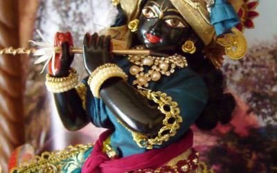 """Dwaraka story: Draupadi: """"I am Krishna's, I am Krishna's!!"""""""